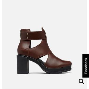 Sorel Margo Cut-Out boot